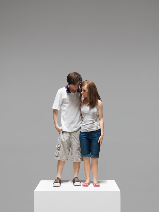 mueck_2013_young-couple